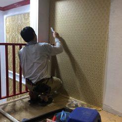 Thi công giấy dán tường Hàn Quốc Salon tóc anh Tùng Hà Đông